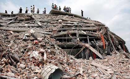 Fabrikeinsturz in Bangladesch
