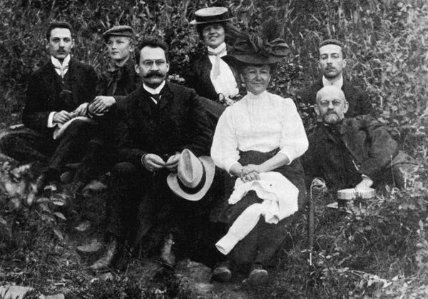 David Hilbert con la famiglia ed alcuni amici e colleghi