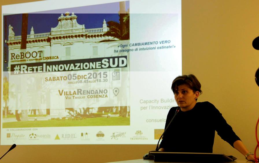 L'architetto Consuelo Nava durante l'intervento a Rete Innovazione Sud