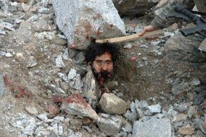 2010. Oltraggio al cadavere di un afgano. Fonte: The Rolling Stones.