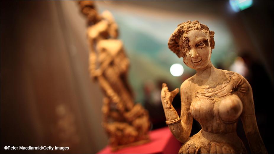 dea-del-i-secolo-dc-violenza-donne-lasantafuriosa
